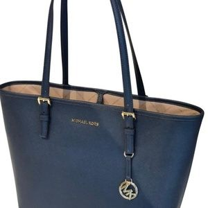 Michael Kors Jet Set Medium tote navy blue
